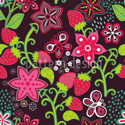 In Mums Strawberry Paradise Seamless Pattern